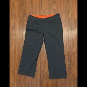 Victoria secret sport grey Capri yoga pants medium
